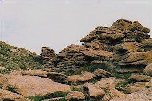 p-massive-rock-formation